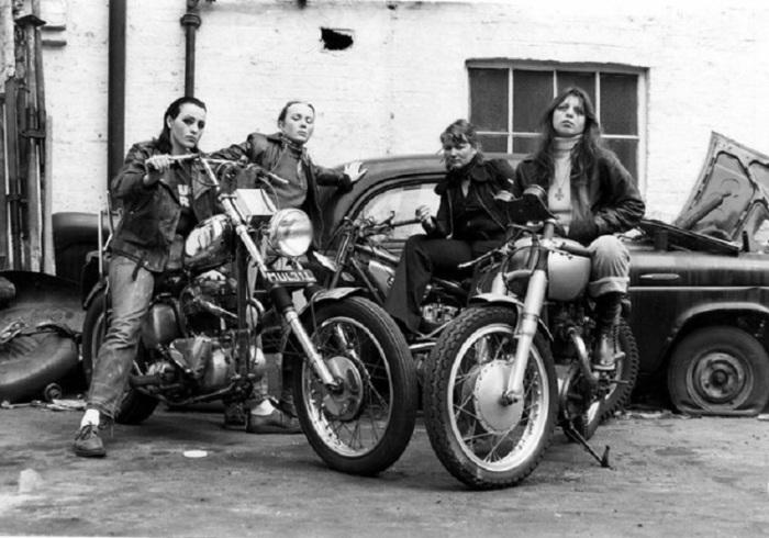 Представители байкерского клуба «Ангелы ада», 1973 год.